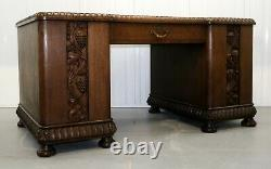 20th Century Oak Desk With Grapes And Vine Leaves Carvings & Sliding Shelves