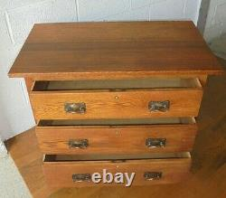 Antique Arts & Crafts Oak Chest Of Drawers With Copper Handles