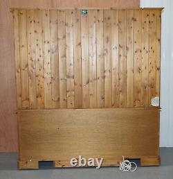 Ducal England Display Cabinet With Lights, Glass Shelves And Doors Welsh Dresser