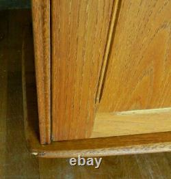 Vintage Retro MID Century Priory Oak Sideboard With Drawers & Cupboards