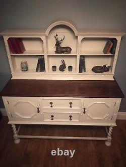 Arrêt D'un Sideboard À Oak Solide / Dresser / Cabinet. Chebby Chic Est Maintenant Redressé