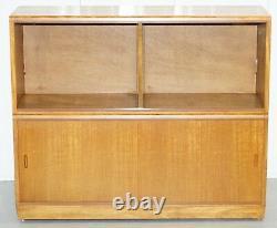 Grand Buffet Sized 1960's Simplex Honey Oak Stacking Bibliothèque Portes En Verre