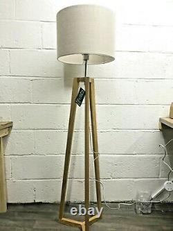 John Lewis Brace Lampe De Sol Libre Standing Tall Shade Light Light Light Lighting Modern Oak