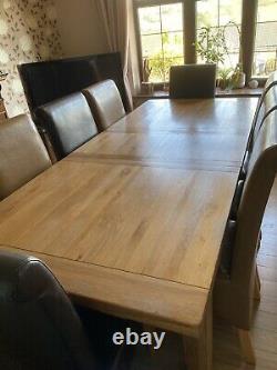 Table À Manger En Chêne Et 8 Chaises