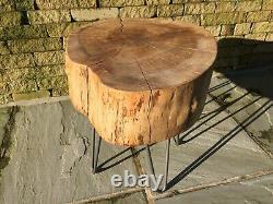 Table Basse En Tranches De Chêne Massif Avec 14 Pieds D'épingle
