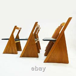 Un Ensemble De Six Chaises À Manger En Chêne Massif Style Église Contemporaine